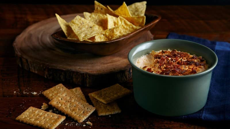 Salsa de queso Charleston de Trisha