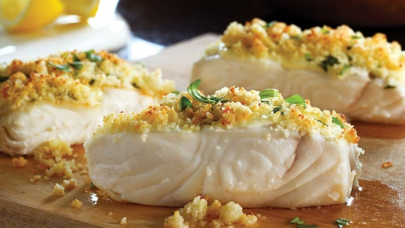 Flétan Grillé Avec Croûte Au Citron et Aux Herbes