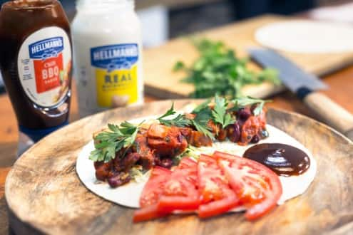 tortilla with feijoada, chicken, chili bbq