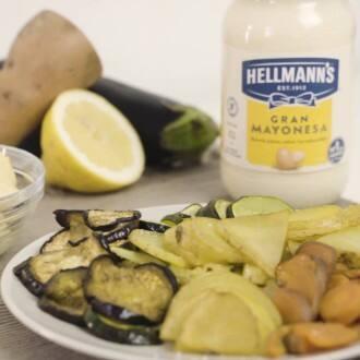 Chips de verduras con hummus de mayonesa
