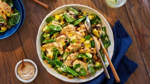 Spicy Southwest Ranch Salad with Chicken