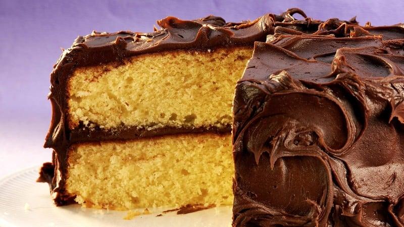 Super Moist Yellow Mayo Cake