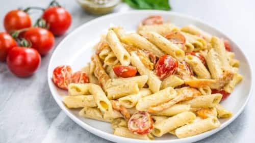Creamy Pesto Pasta and Tomato Salad